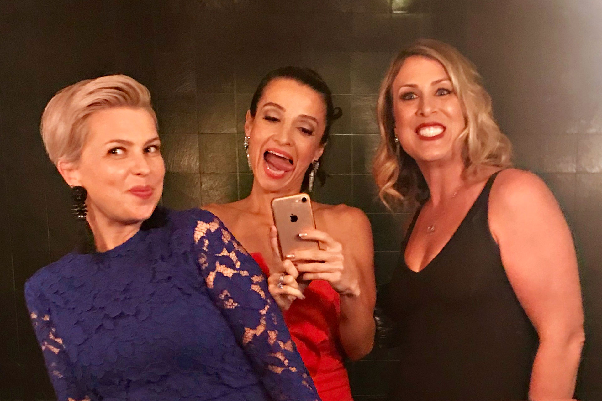 bad moms red carpet premiere, the price is right, bad moms christmas, #badmomsxmas, red carpet premiere